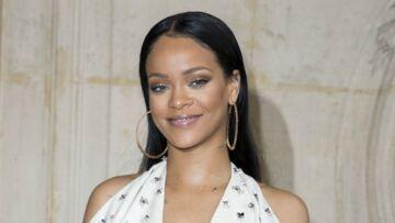 PHOTOS – Rihanna très affectueuse avec son père, ex-toxicomane