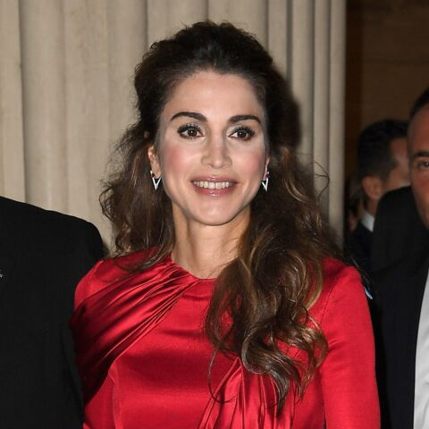 Look – Rania de Jordanie enflamme l'Italie