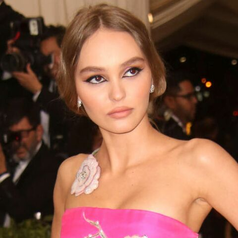 PHOTOS – Lily-Rose Depp topless : elle assume son sex-appeal plus que jamais