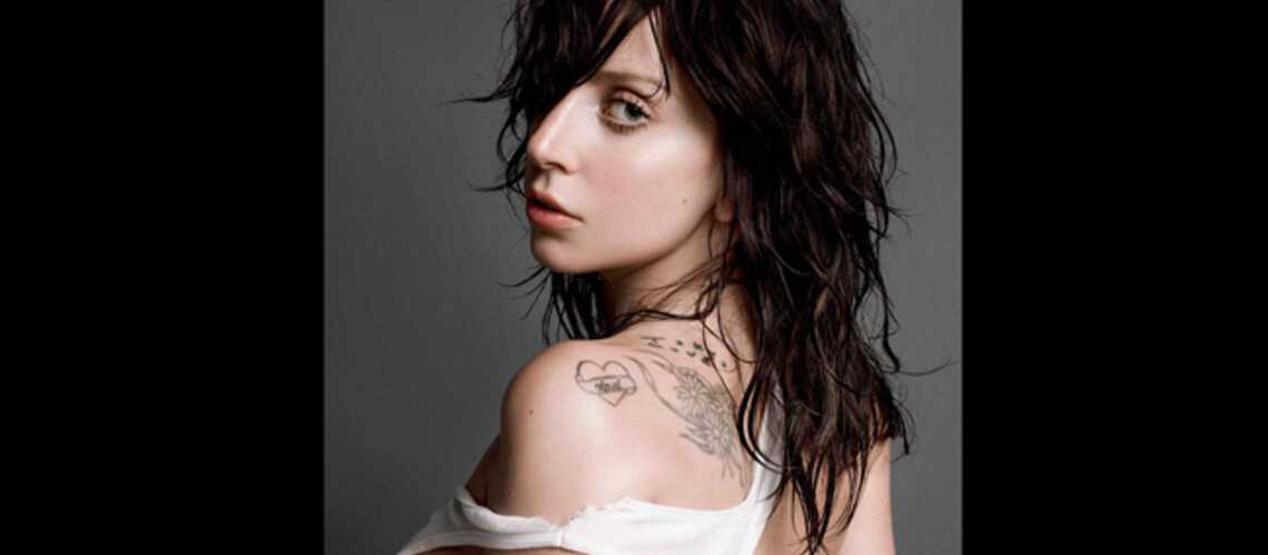 Lady Gaga sexy (et libre) dans la suie