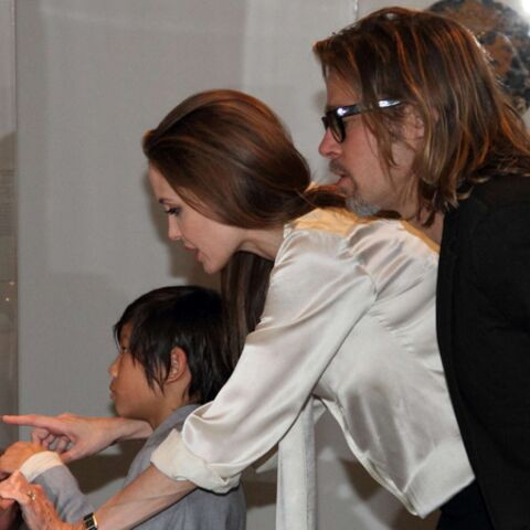 Angelina Jolie: quelle bague!