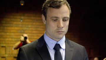 Oscar Pistorius brise le silence