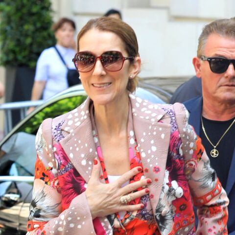 PHOTOS – Céline Dion continue l'originalité et ose le total look fleuri à Paris