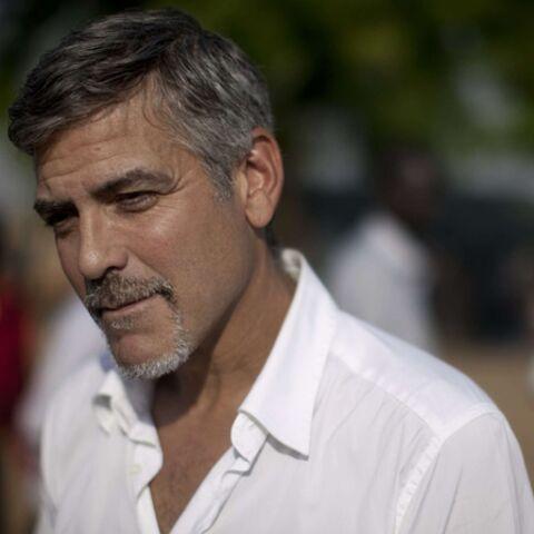 George Clooney victime de tirs ennemis