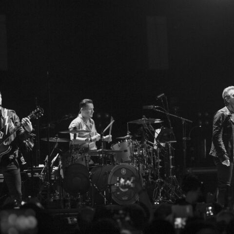 Attentats à Paris: U2 annule ses deux derniers concerts