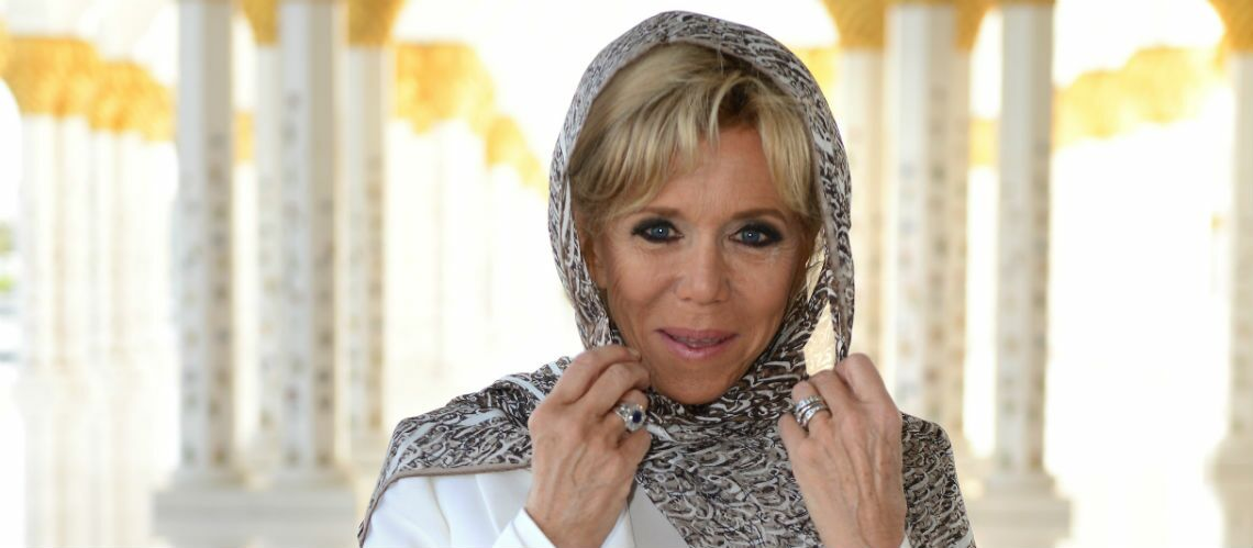 PHOTOS – Brigitte Macron voilée à Abu Dhabi: découvrez en quoi son foulard est symbolique
