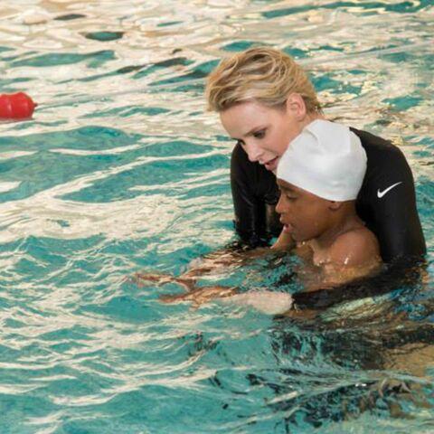 Charlène de Monaco se jette à l'eau pour les enfants