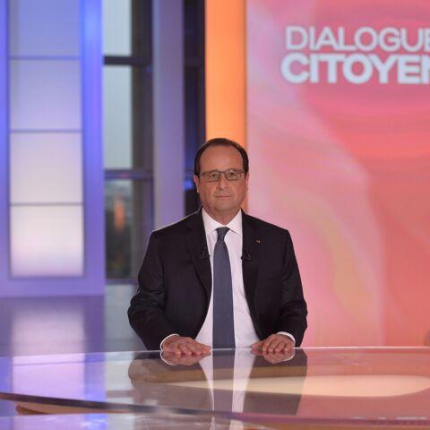 François Hollande: Dialogues citoyens boudés par le public
