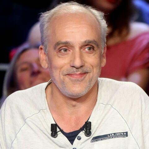 PHOTO – Philippe Poutou dans le salon VIP d'Air France? Les internautes réagissent