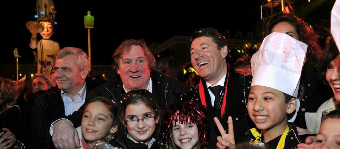 photos-_gerard_depardieu_extatique_au_carnaval_de_nice