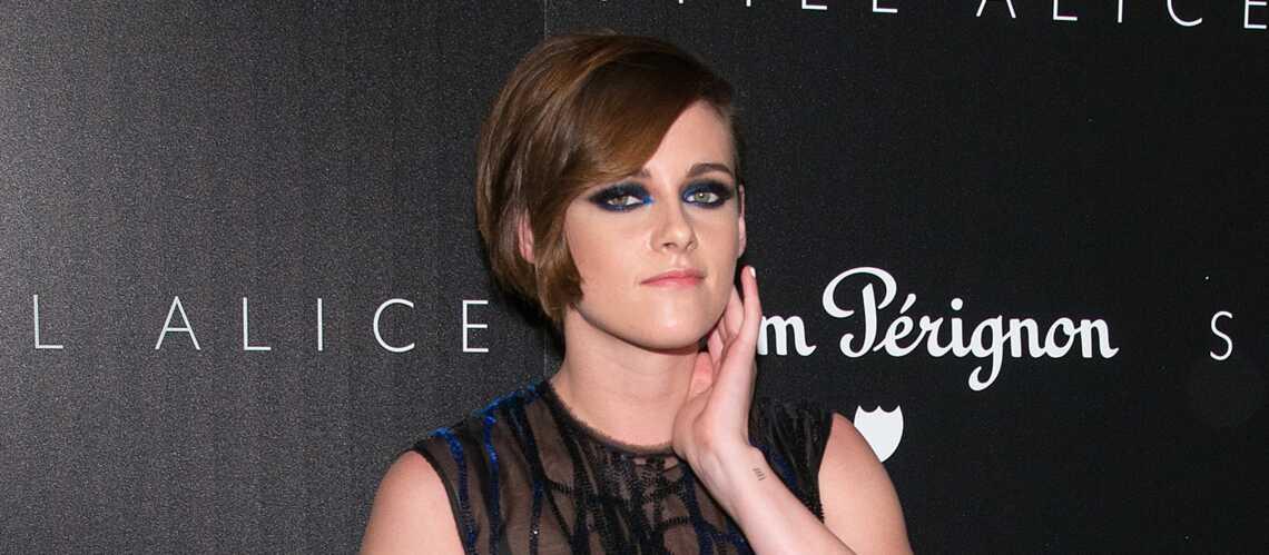 Shopping beauté de star – Le smoky bleu de Kristen Stewart