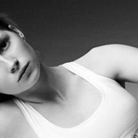 Lottie Moss: À son tour de poser pour Calvin Klein