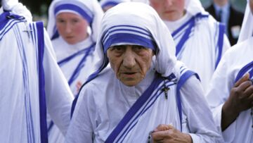 France – Albanie: quel rapport avec mère Theresa?