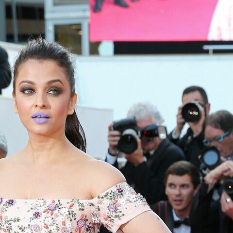 Cannes 2016 – Aishwarya Rai, bouche violette sur tapis rouge