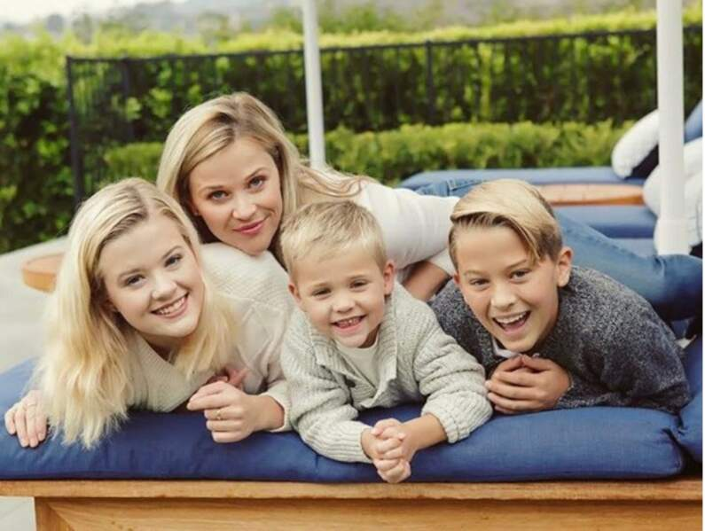 Reese Witherspoon et ses trois enfants,