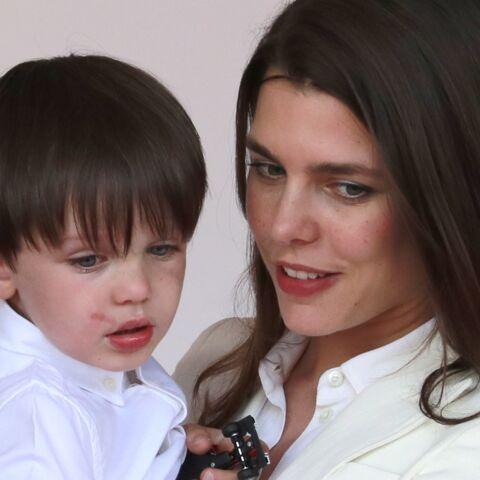 PHOTOS – Raphaël, le fils de Charlotte Casiraghi et Gad Elmaleh vole la vedette à sa mère