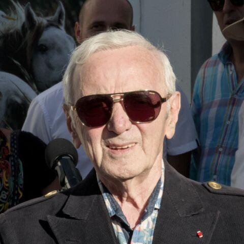Charles Aznavour veut accueillir des migrants chez lui