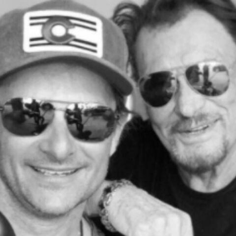 PHOTOS – David Hallyday à L.A pour soutenir son papa, David Beckham câline sa petite Harper, Serena Williams en mini bikini, … Hot, insolite ou drôle, la semaine des stars en images