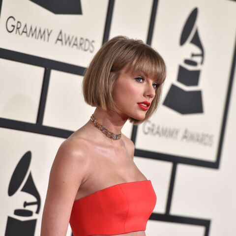 Photos – Taylor Swift, la révélation sexy aux Grammys
