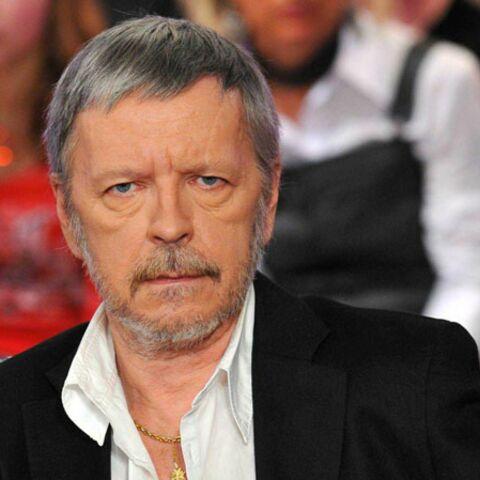 Renaud: son frère accuse Romane Serda