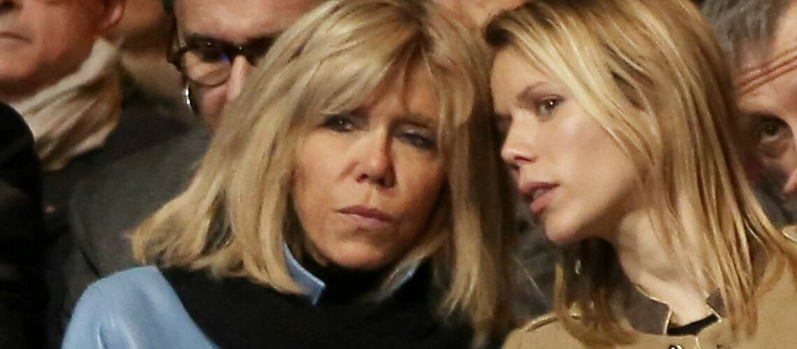 PHOTOS – Brigitte Macron et sa fille Tiphaine, premières fans d'Emmanuel Macron pour son meeting