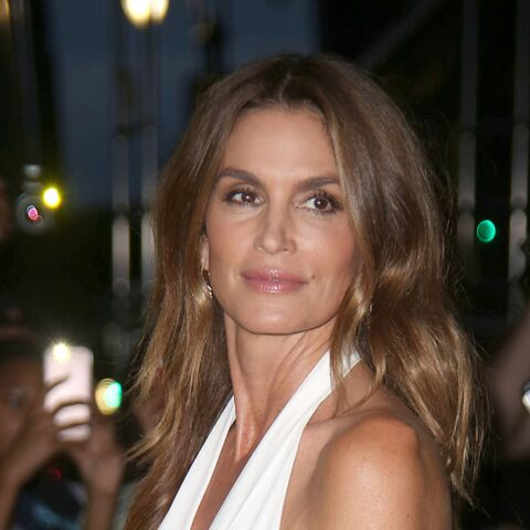 PHOTO – Cindy Crawford, toujours aussi sublime sans maquillage ni retouche