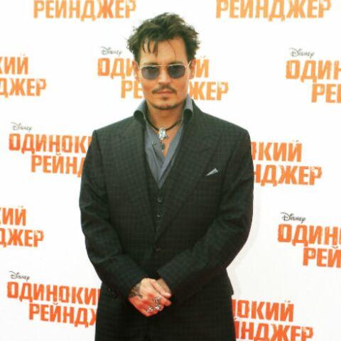 Johnny Depp signe encore pour Alice