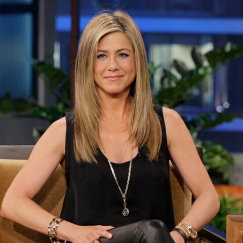 Jennifer Aniston invite la mère de Brad Pitt à ses noces