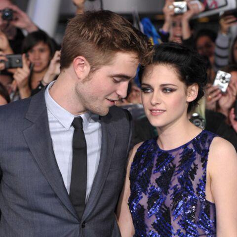 Robert Pattinson roucoule avec Kristen Stewart