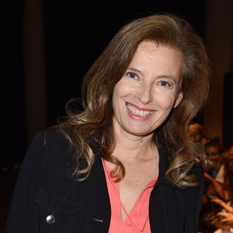 """Valérie Trierweiler s'amuse des """"rumeurs renversantes"""""""