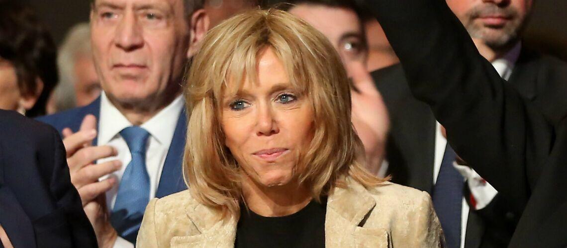 """Brigitte Trogneux, l'épouse d'Emmanuel Macron, regrette qu'on ne parle """"que de son âge"""""""