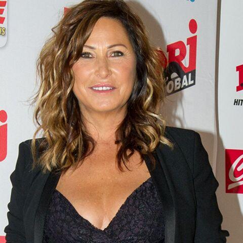 Evelyne Thomas: son décolleté très sexy à la soirée NRJ