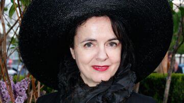 Amélie Nothomb porte plainte contre une harceleuse qui l'attendait en bas de chez elle avec un couteau