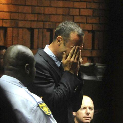 Une batte ensanglantée confond Oscar Pistorius
