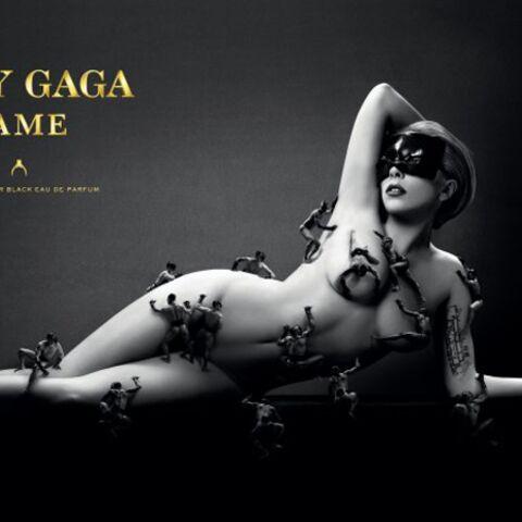 Lady Gaga ose le nu pour son parfum