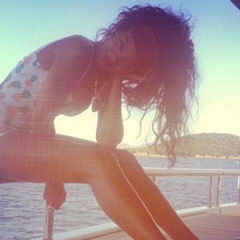 Photos- Rihanna prend la pose des vacances