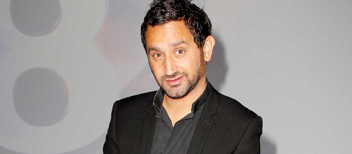 Cyril Hanouna recrute sur Facebook