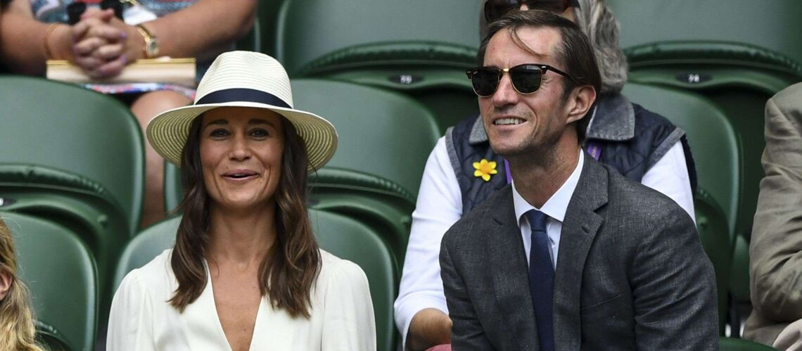 PHOTOS – Pippa Midd­le­ton et James Mathews : encore assor­tis et très amou­reux à Wimble­don
