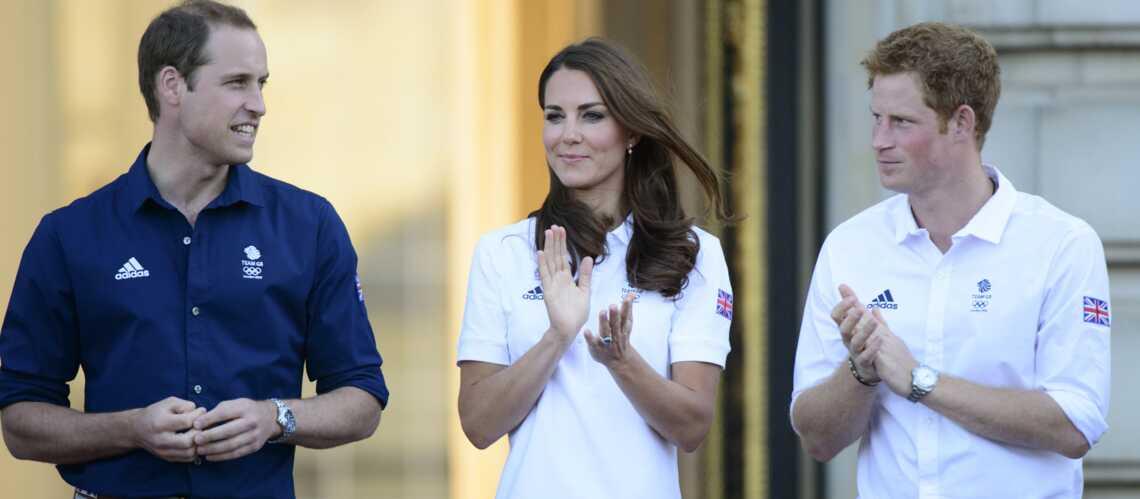 Kate, William et Harry fans de la petite reine