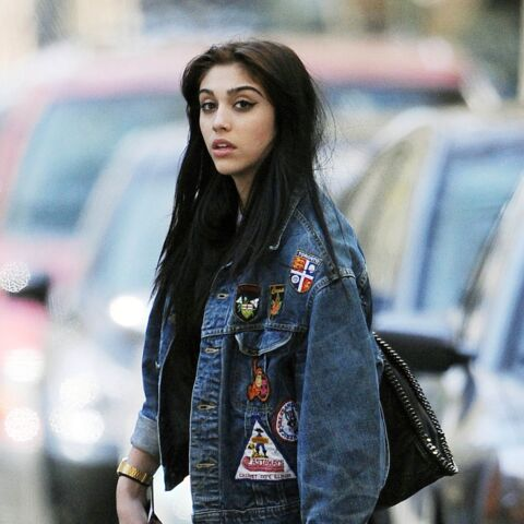 Les regrets mode de Lourdes Leon