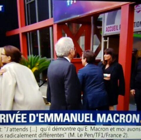 VIDEO: La bise de Brigitte Macron et Delphine Ernotte fait grincer des dents: ambiance tendue après l'éviction de David Pujadas