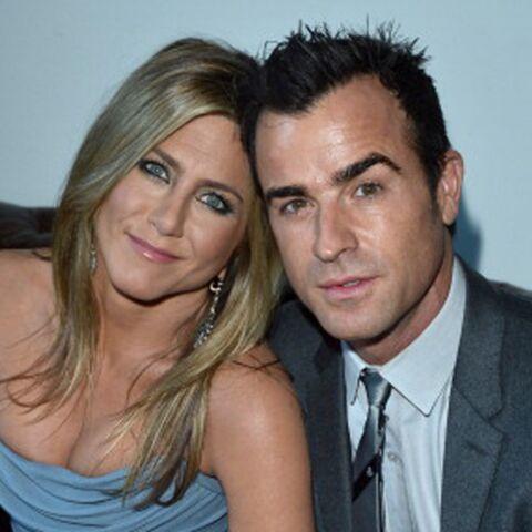 Jennifer Aniston fête ses deux ans de fiançailles