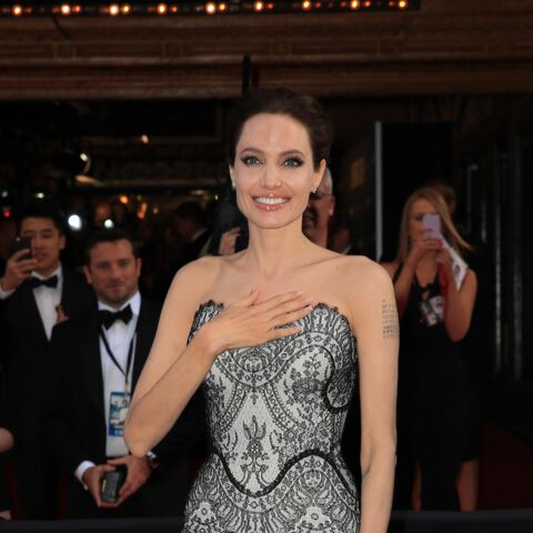 T'as le look… Angelina Jolie !