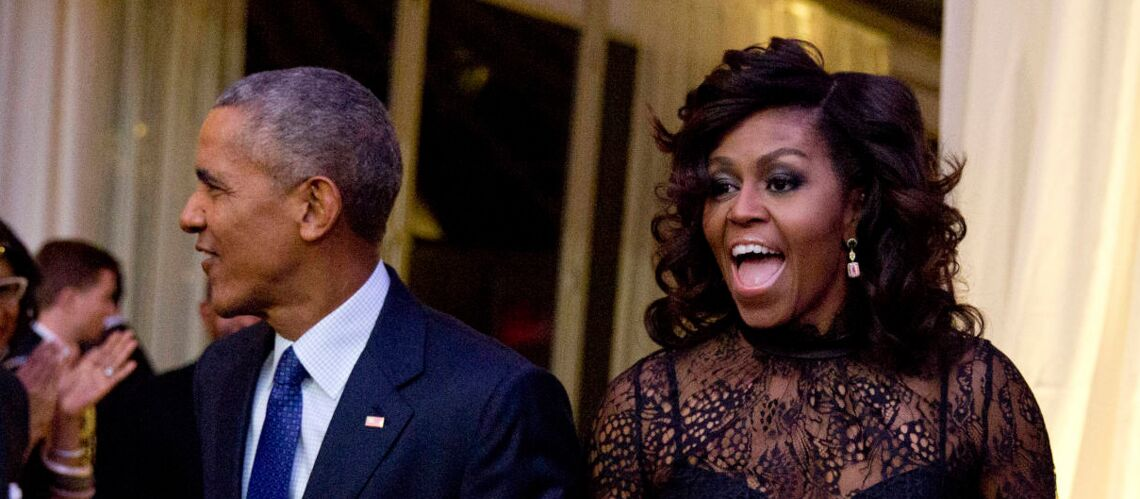PHOTOS – Michelle Obama s'essaie à la permanente