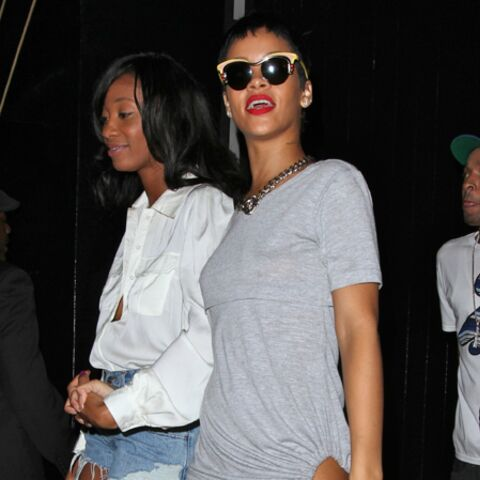 Rihanna, un si mini rikiki T-Shirt