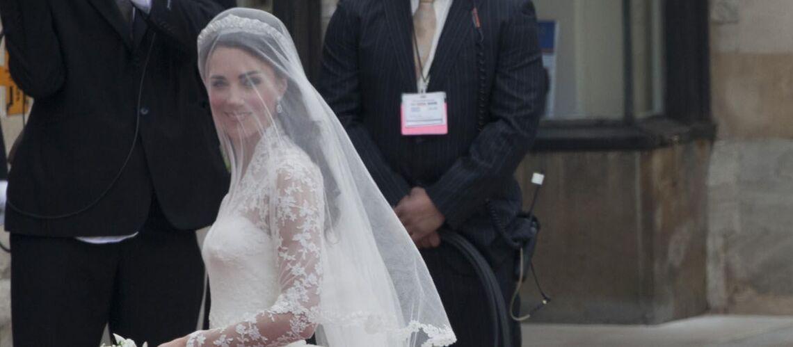 PHOTOS – Kate Middleton, Lady Diana, Amal Clooney… les robes de stars les plus coûteuses