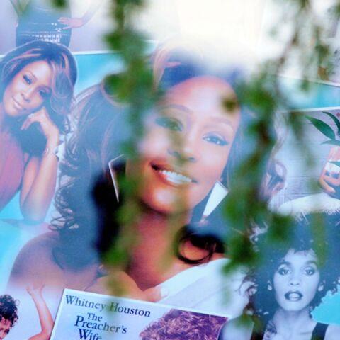 Photos- Dernier adieu à Whitney Houston