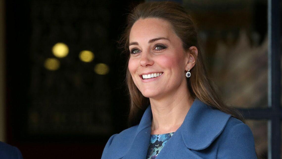 Coiffure de star – La demi pony-tail de princesse Kate
