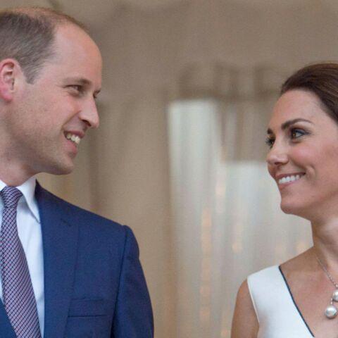 PHOTOS – Kate Middleton: canon avec un chignon bas et couture en Pologne