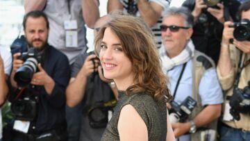 Cannes 2016 –  Adèle Haenel, radieuse en doré pour La Fille Inconnue